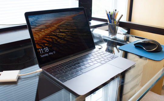 mac 全新 MacBook 运行 Windows 10 更流畅?