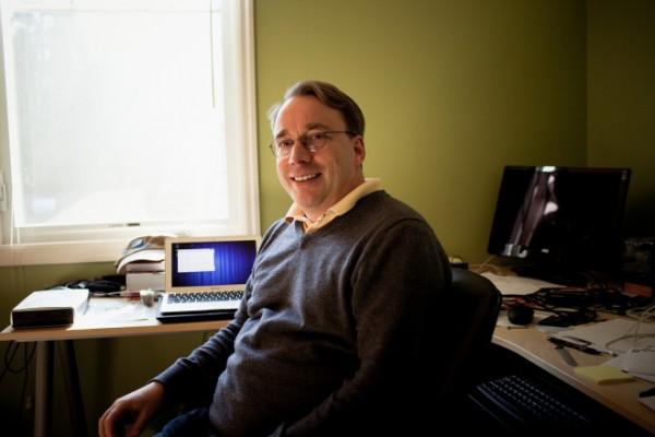 18075356 9BTL Linus Torvalds 说没有他 Linux 能继续前进
