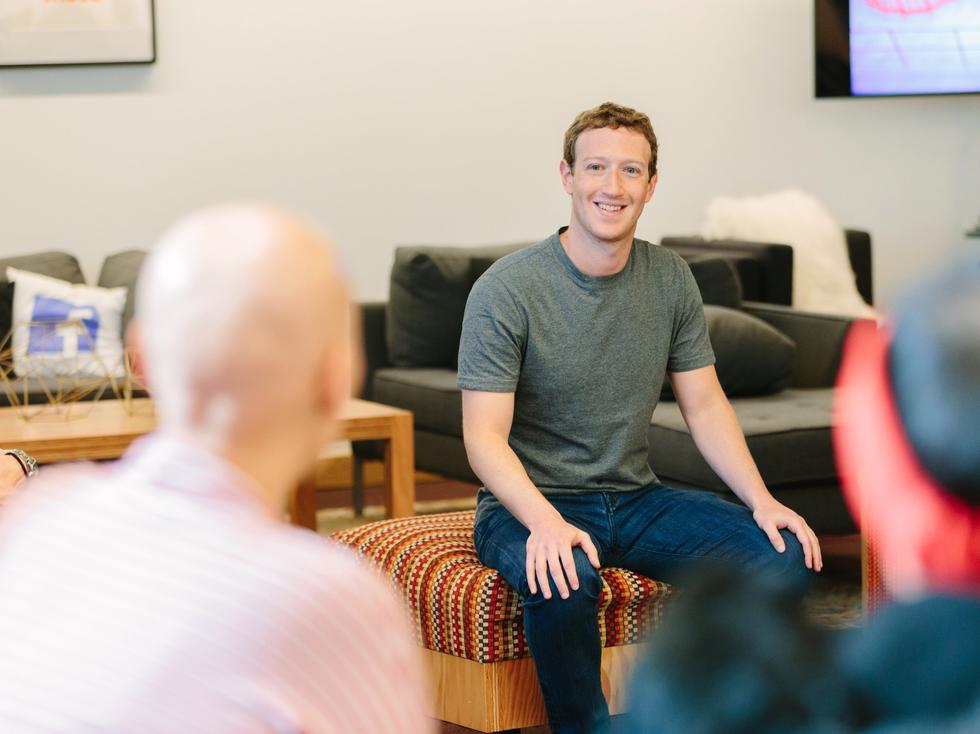 Facebook 在 Facebook 工作比谷歌更幸福 这里有 8 个理由