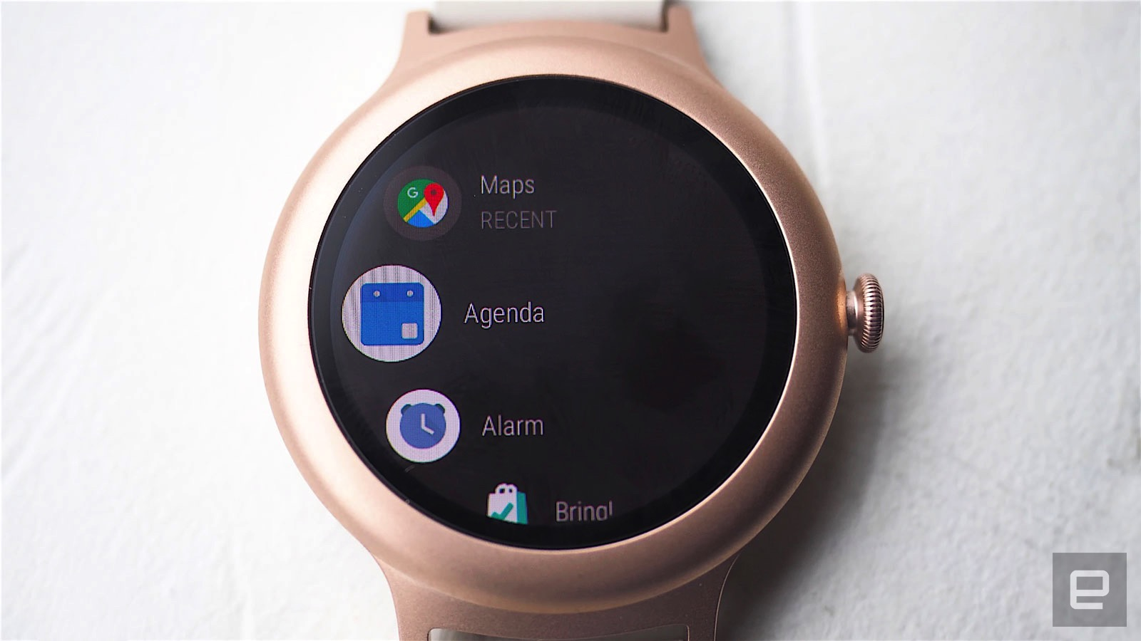 %name Bug 已被消灭:Android Wear 2.0 更新推送继续