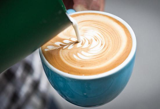 375x551latte art 广州咖啡培训哪里好?