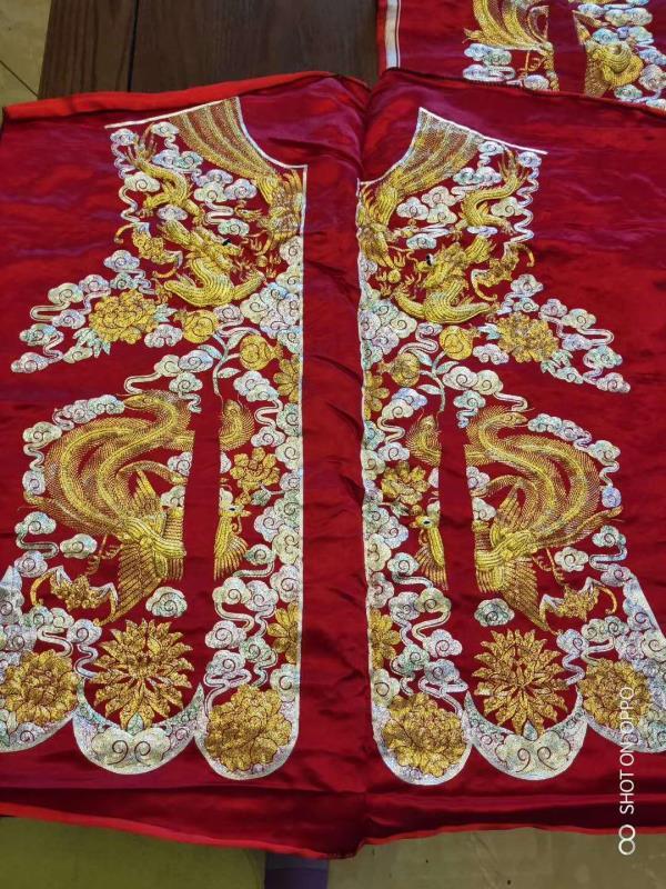 手工刺绣中式婚服,龙凤婚服,盘金婚服纯手工定制-芊雅企服