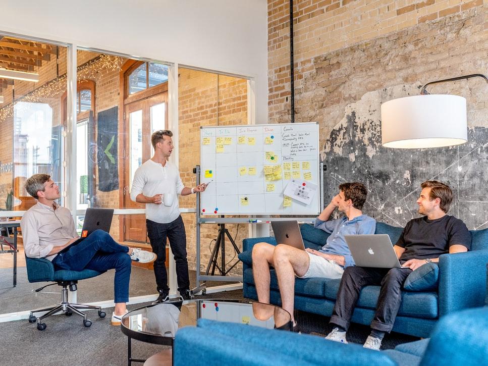 共享茶室市场如何?共享茶室预订APP小程序开发方案-芊雅企服
